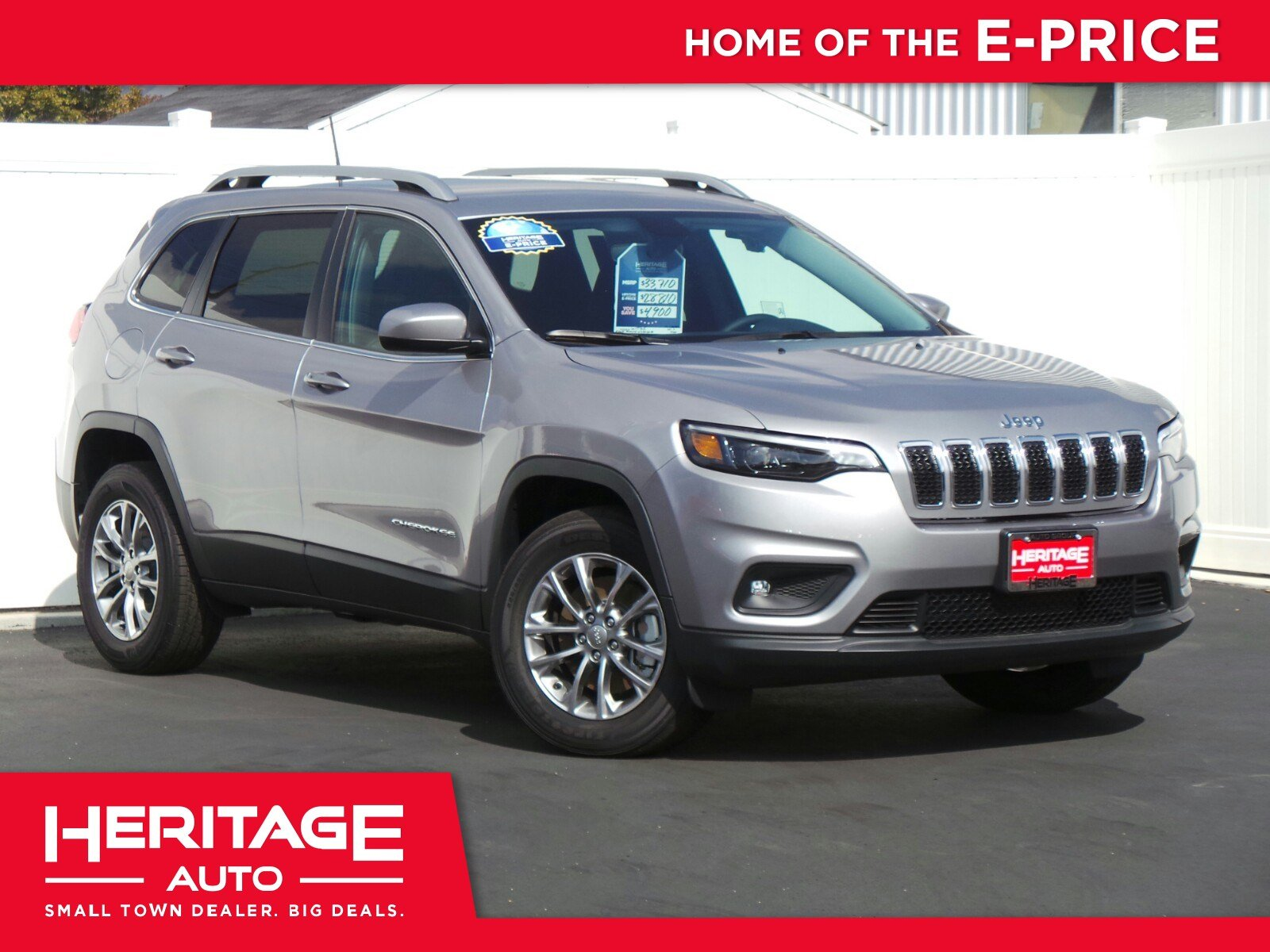 New 2019 Jeep Cherokee Latitude Plus Sport Utility 2N
