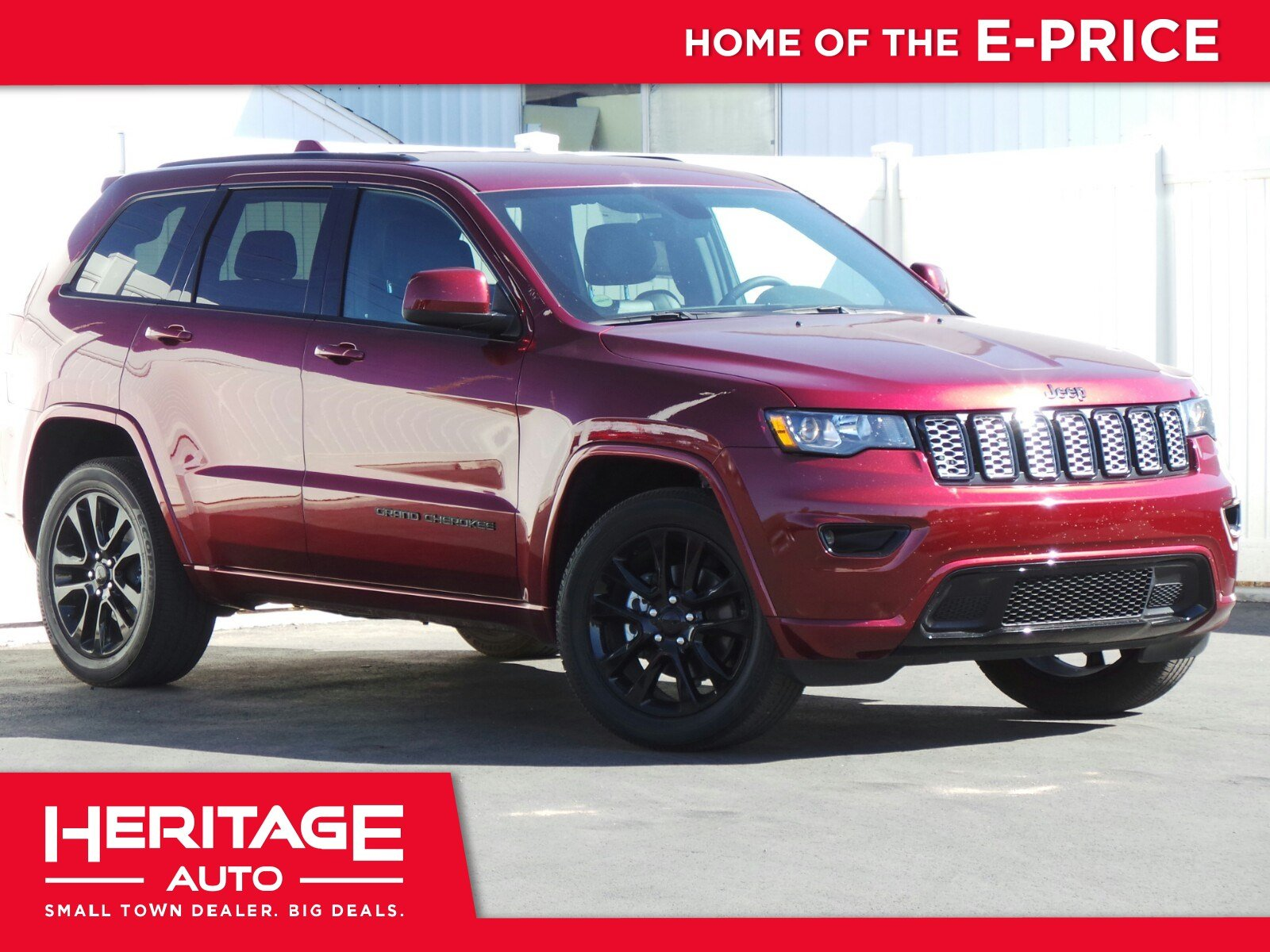 Pre Owned 2017 Jeep Grand Cherokee Altitude Sport Utility 2U